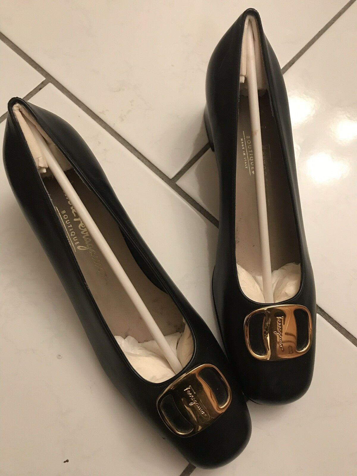Ferragamo Womens shoes Size 8-1 2