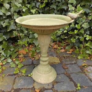 Abreuvoir piscine pour oiseaux antique nostalgie jardin style m tal neuf ebay - Oiseaux metal pour jardin ...