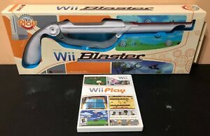 Nintendo-Wii-Play-Blaster-Gun-with-Wii-Play-Game-included-Free-Shipping
