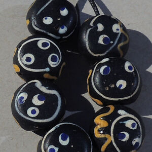 7-old-antique-venetian-baule-face-beads-african-trade-1735