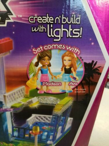 CREATE AND BUILD WITH LIGHTS NIB CRA-Z-ART LITE BRIX LIT EUP MANSION