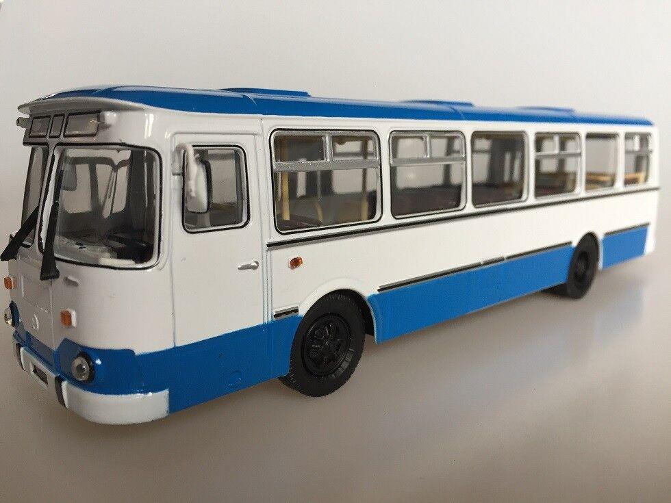 1 43 Soviet Bus Bus Bus LIAZ 677m City Bus White bluee SOV1030 SSM aa9914