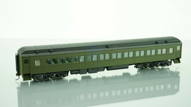 Walthers Classic Heavyweights HO Heavyweight Paired Window Coach DRGW 932-10111