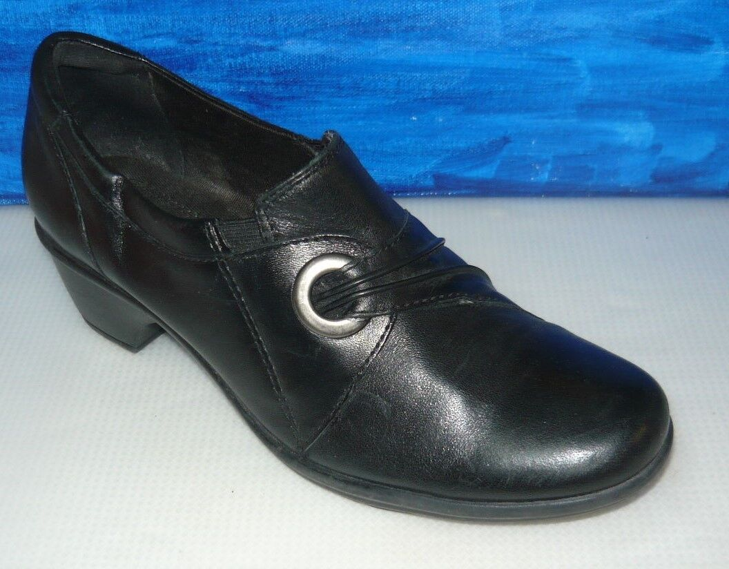 Clarks Collection Womens Black Leather Loafers shoes size 6.5M