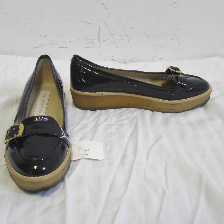 STELLA MCCARTNEY  475 navy patent leather loafer sz 36 6