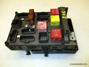 fuse box relay plate 8200283811 04 renault laguna 1 9 dci hatch ref Renault Duster image is loading fuse box relay plate 8200283811 04 renault laguna
