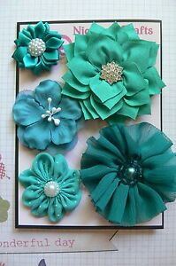 HANDMADE-5-Flower-Mix-with-Centres-TEAL-Organza-Satin-35-75mm-NjoyfullCrafts