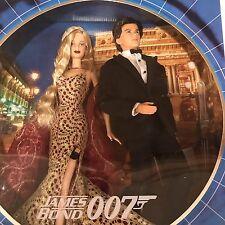 NIB Collector Edition James Bond 007 Ken and Barbie Doll Set Mattel 2002
