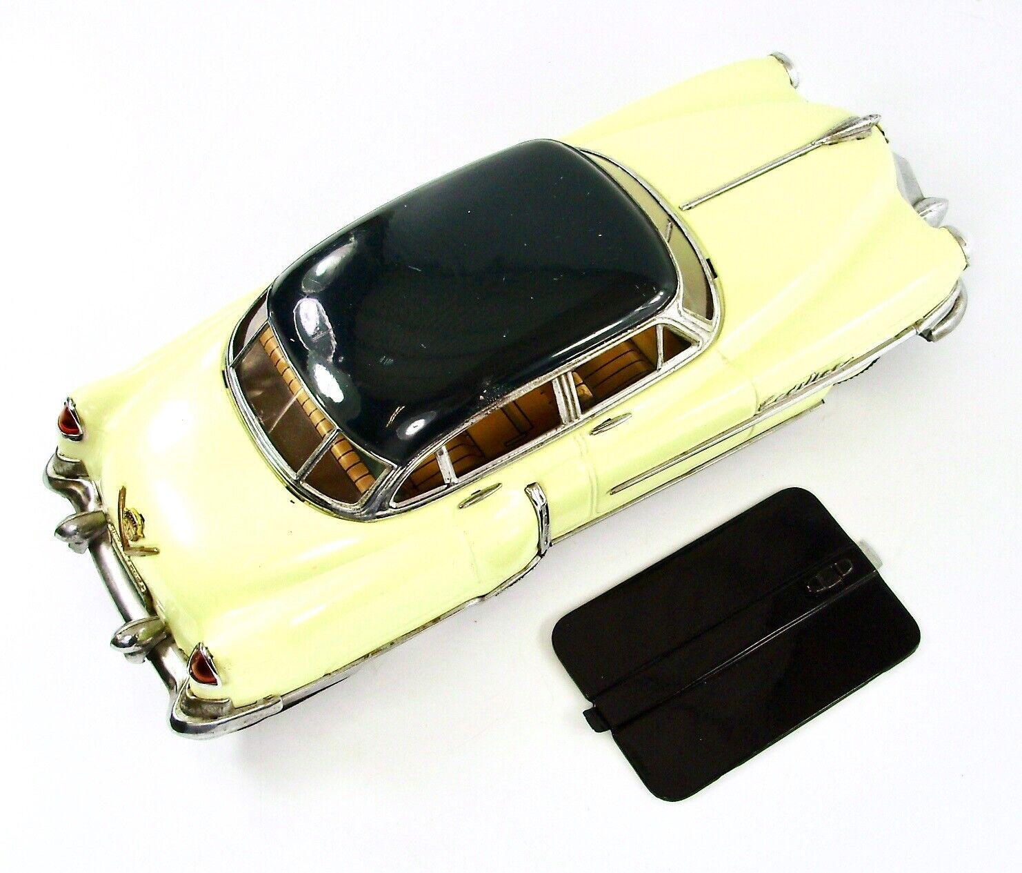 Marusan Cadillac Cadillac Cadillac Replacement Battery Cover 551717