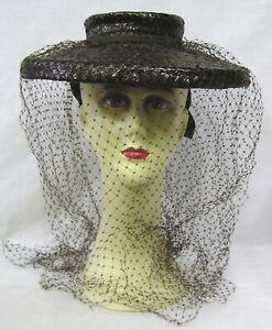 Vintage-Ladies-Hat-1940s-Tilt-Veil-All-Around-Brown-Straw-Wide-Bands-in-Back