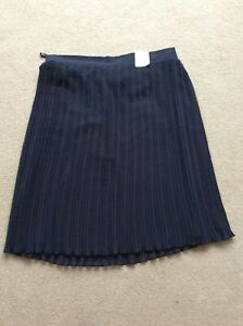 BNWT M/&S Collection Pleated Navy Top Size 14
