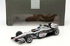 Mika Häkkinen McLaren MP4-16 #3 Formel 1 2001 1:18 Minichamps