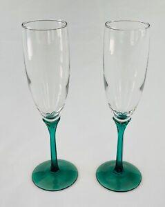 VINTAGE Wine Glass Flutes 6 oz. Clear Green Stem 2-Piece Set