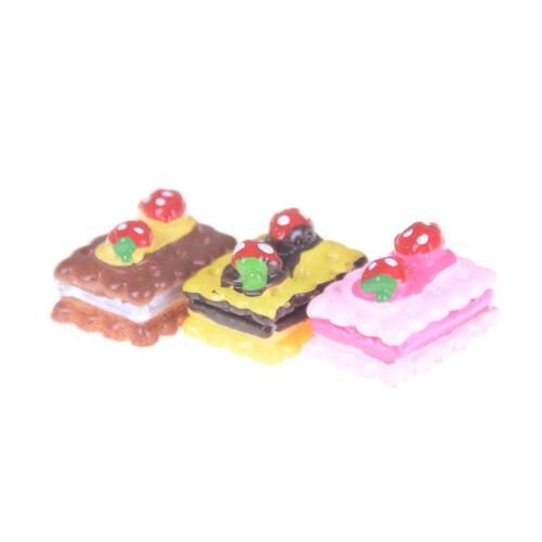 3pcs Strawberry Cake Miniature Food Decor Dollhouse Accessories  B fC