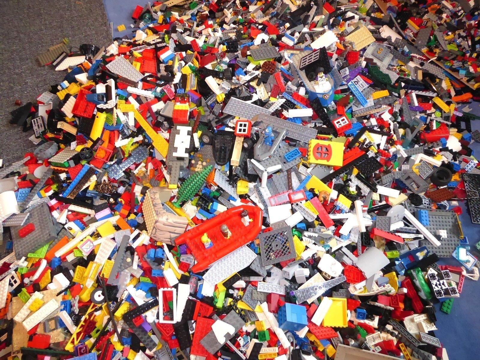 LEGO 3 kg Konvolut, Sondersteine Spezialsteine Platten, Räder, Basics - Figuren