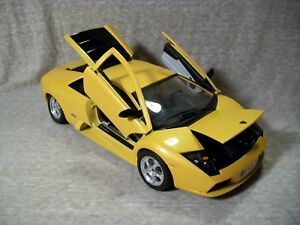 Burago 1 18 Scale Lamborghini Murcielago Yellow Butterscotch Color