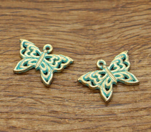 5 Butterfly Moth Insect 2 Sided Charms Garden Charm Green Patina Tone 26x18 2331