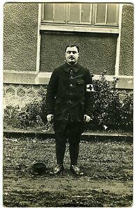 Carte Photo Un Militaire Pose Corps Médical 1915 Clermont-ferrand Par Processus Scientifique