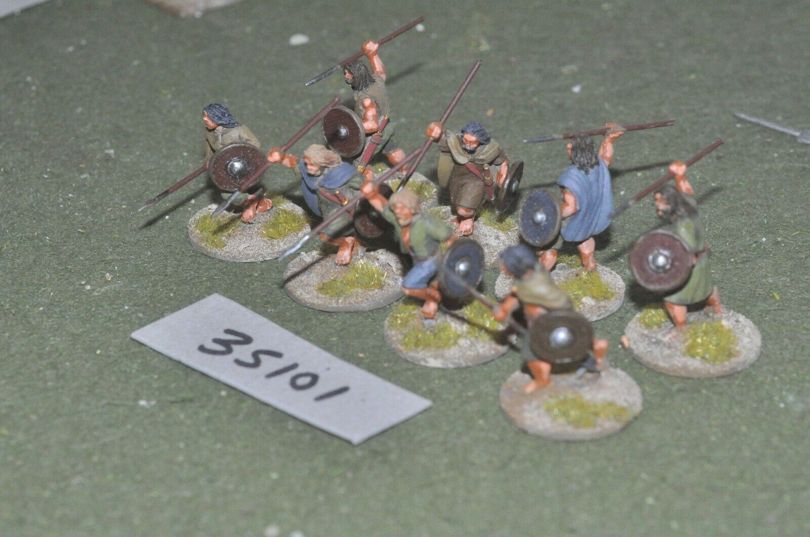 28 mm Dark Ages Welsh-javelinmen 8 Figures-INF (35101)