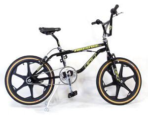 TEAL YELLOW  ● Brand New ●  BMX Bike ● SIDEKICK-BMX STANDS ● PINK