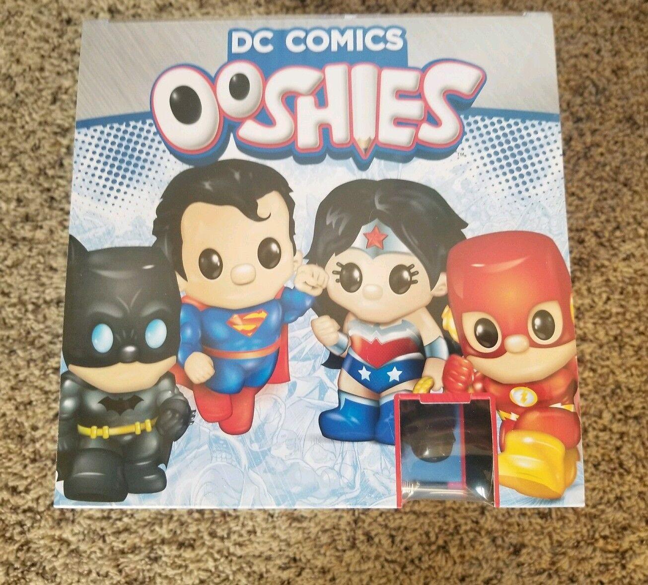 Volle versiegelt bei dc comics ooshies blind.