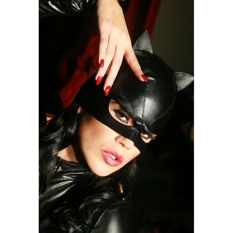 Patrice Catanzaro, Sweety, Mask Of Small Cat For Catsuit IN wetlook Black