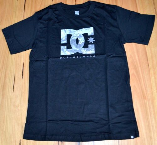 NEW DC Shoes Boys Printed T Shirt BLACK- SIZE 12 /& 14 YEARS