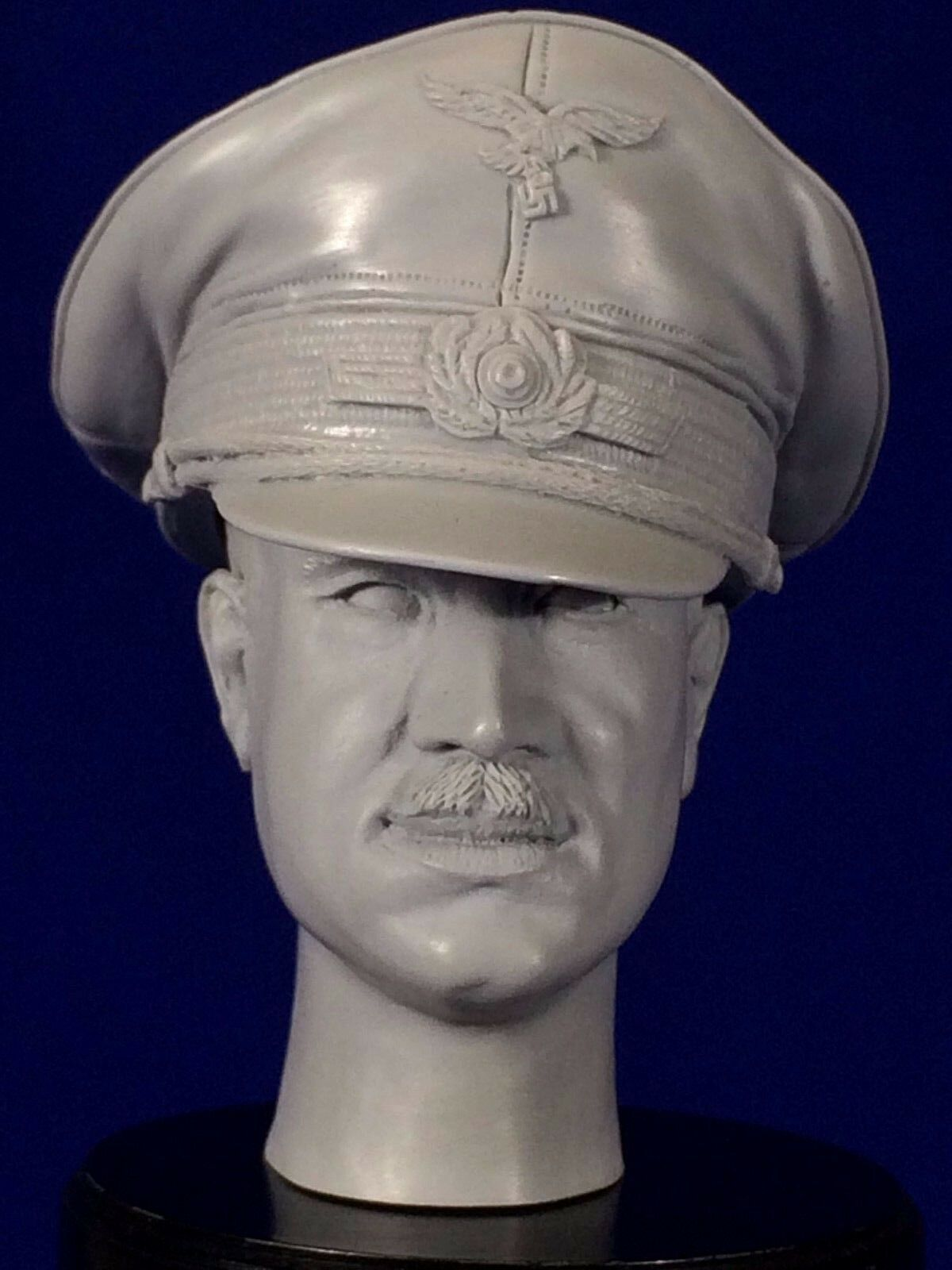 1:6  RESIN HEAD SCULPT   ADOLF GALLAND    WITH OFFICERS CAP / WWII FIGHTER PILOT