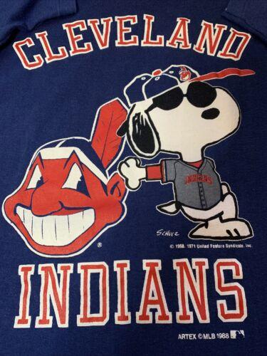 Vintage 1988 Cleveland Indians Snoopy  Single Stit