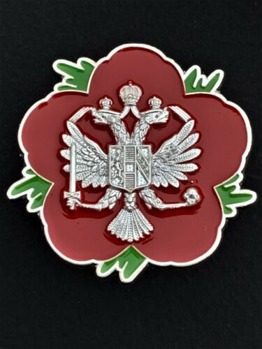 P35 Queens Dragoon Guards QDG Cavalry Remembrance Flower Lapel Pin