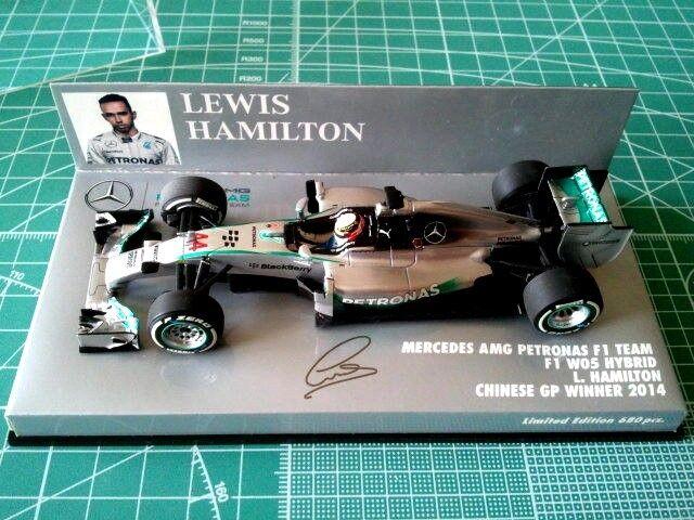 Lewis HAMILTON - MINICHAMPS 410140344 - MERCEDES AMG PETRONAS F1 W05 - CHINE