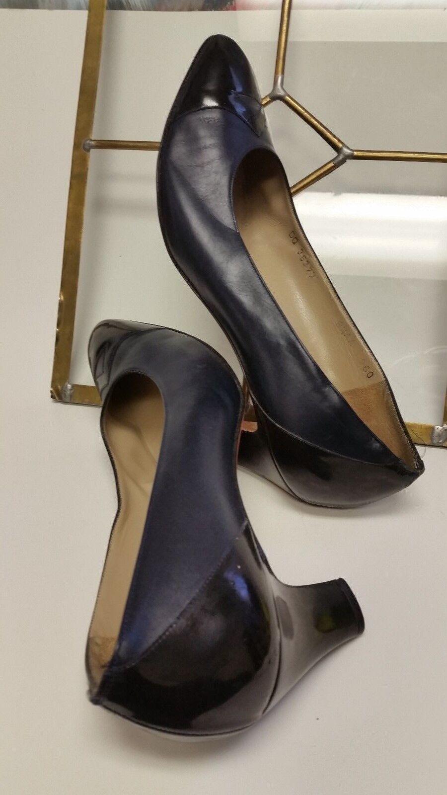 SALVATORE FERRAGAMO Heels Vintage Leather Classic Low Heels FERRAGAMO Shoes Size 9.5AA NICE d1dc14