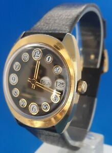 Mens Vintage Timex Watch.FREE 3 DAY PRIORITY SHIPPING.