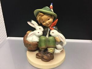 Hummel-Figurine-58-1-Hare-Father-4-11-16in-First-Choice-Top-Condition