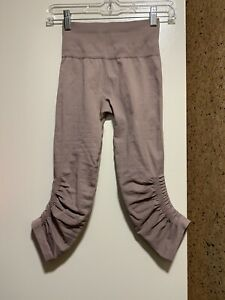 New without tags Lululemon In The Flow Crop II Cool Cocoa Leggings Sz 0.