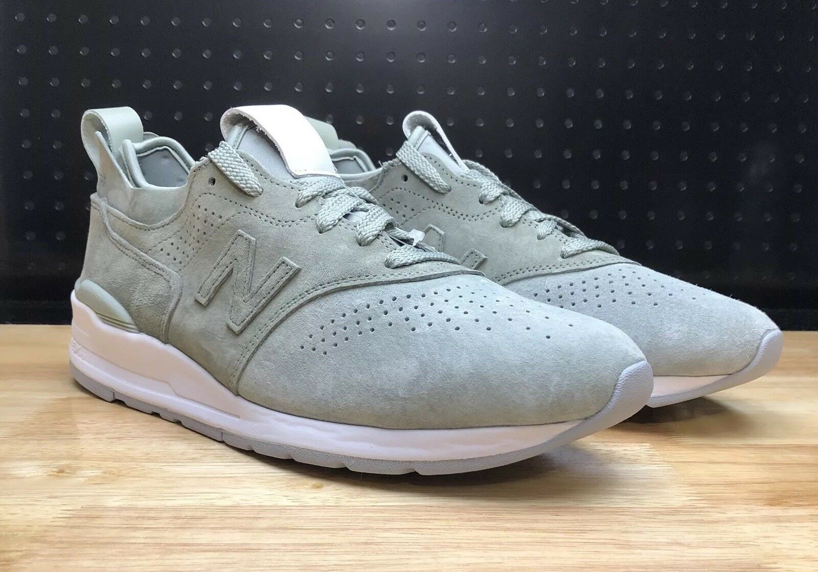 New Balance Mens M997DT2 Made in USA  Silver Mint  Silver Mint White Size 11.5