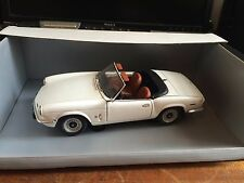 Chrono 1/18 Scale H1040 1970 Triumph Spitfire - White - Boxed