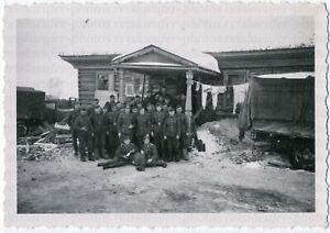Wehrmacht-Ein-Quartier-in-Russland-Originalfoto-von-1942
