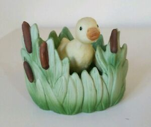 Woodland-Surprises-Duckling-Figurine-Jacqueline-Smith-Franklin-Porcelain-1984