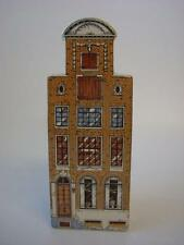 POLYCHROOM HAND PAINTED DUTCH HOUSE / HOTEL  2705-2 MADE IN HOLLAND