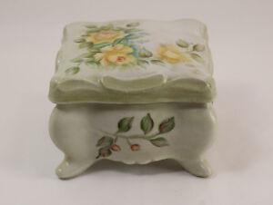 Vintage-Hand-painted-Porcelain-Vanity-Jewelry-Trinket-Box-Artist-Jo-McCarty