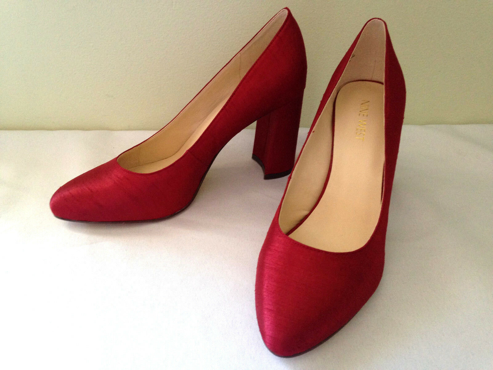 NEW Nine West Sexy Sexy Sexy rot Shantung JAYVEE Gorgeous Pumps Sexy Heels 9.5 M  128 b2138e