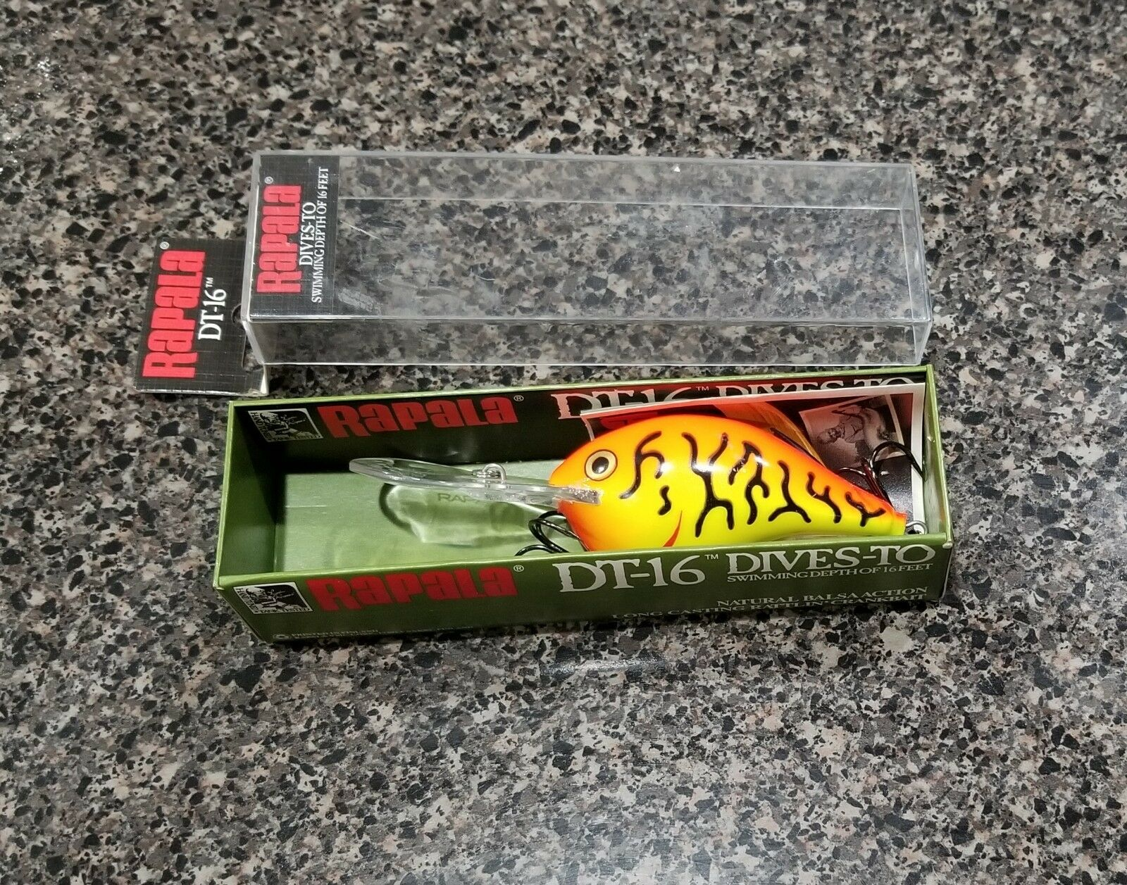 Rapala Dives-To DT-16 HT Hot Tiger Fishing Lure Crankbait Very Rare color