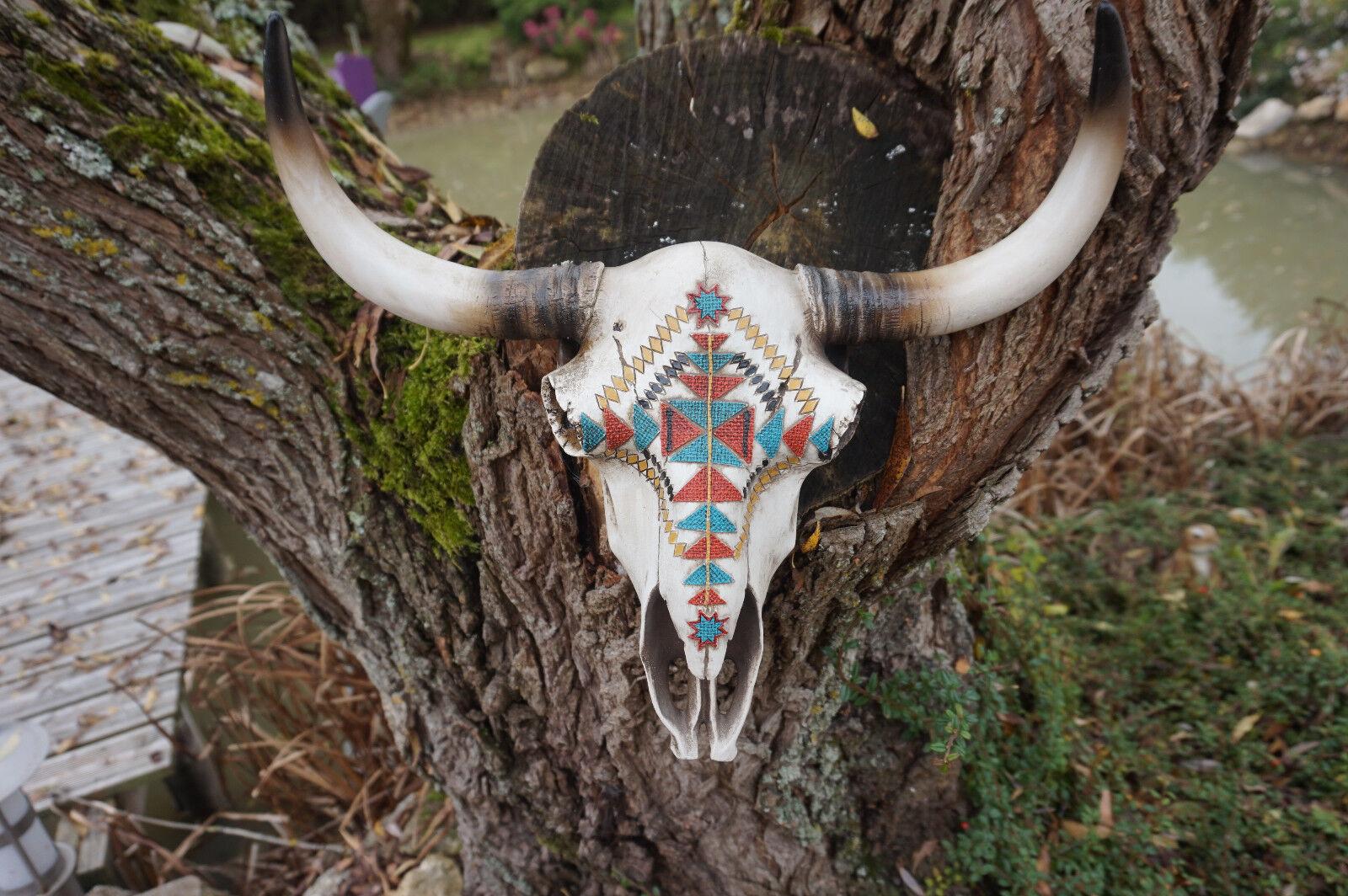 IN0299  GRANDE TETE DE MORT SQUELETTE FIGURINE CRANE BISON  VACHE AZTEQUE INDIEN