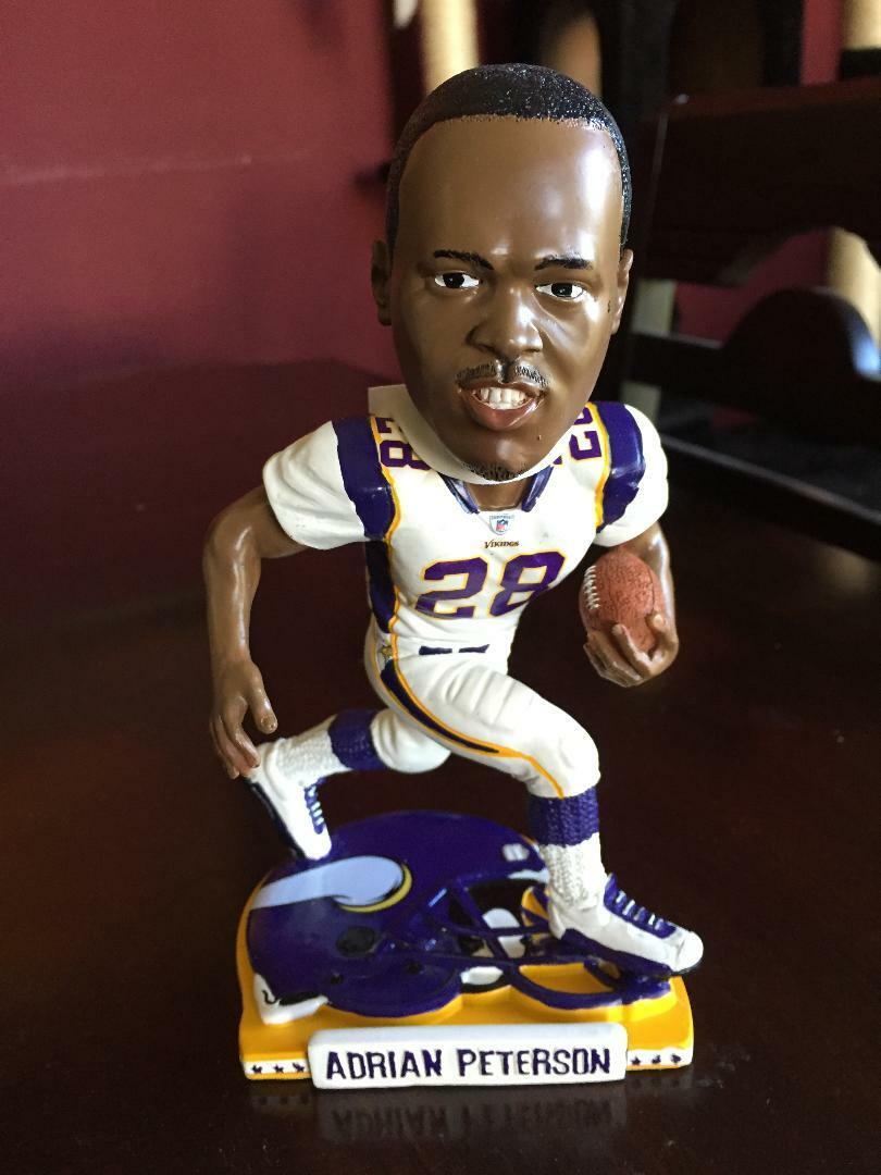 ADRIAN PETERSON LEGENDS OF THE FIELD MINNESOTA VIKINGS FOREVER BOBBLEHEAD 72 72