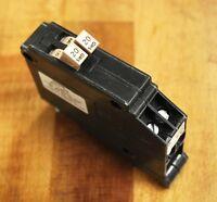 Cutler Hammer Cht2020 Circuit Breaker 20 Amp/ 20 Amp Twin Type Cht 120v -