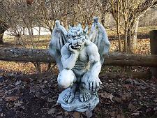 Massiver riesiger Gargoyle Statue Torwächter Gartendeko aus Steinguss frostfest