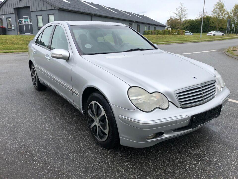 Mercedes C200 2,2 CDi Elegance aut. Diesel aut.