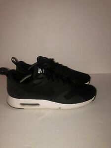 Black-And-White-Nike-Air-Max-Tavas-Size-12-Mens