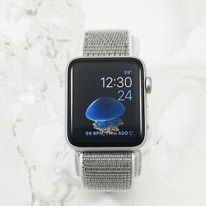 Apple-Watch-Series-1-42mm-Silver-Aluminum-Case-Silver-Nylon-Loop